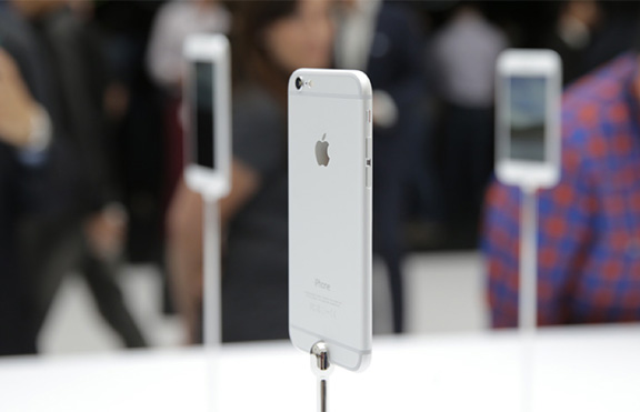 iPhone-6-iPhone-6-plus-first-look-2