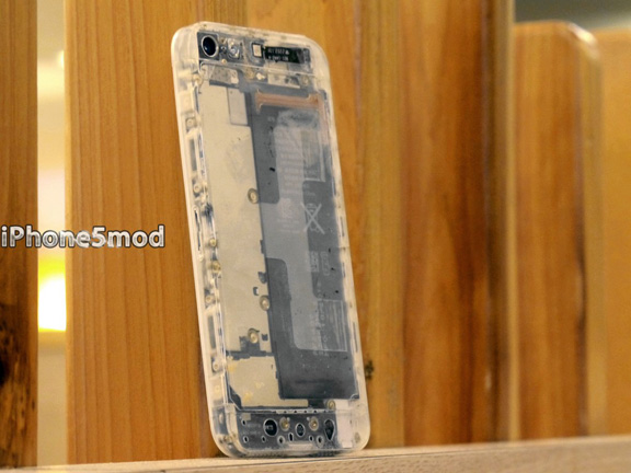 iPhone5mod-iPhone-5-translucnet-1