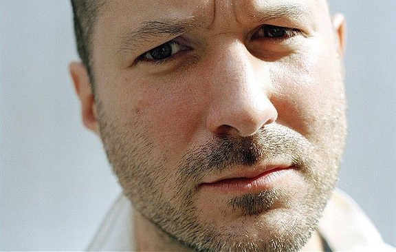 Jony-Ive-photo-by-1