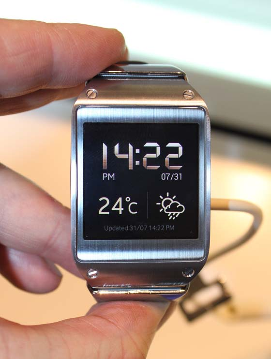galaxy-gear-russia-10