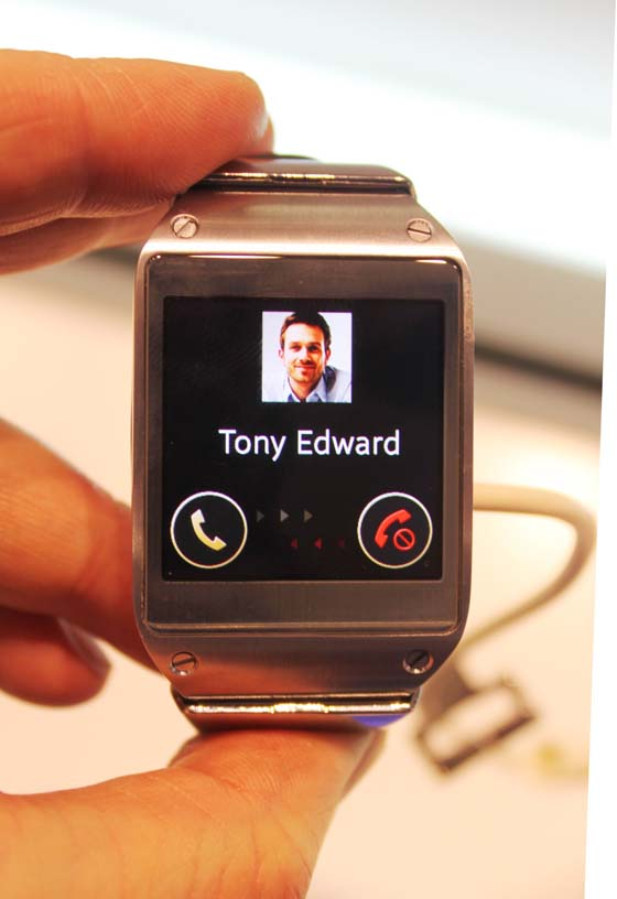 galaxy-gear-russia-27