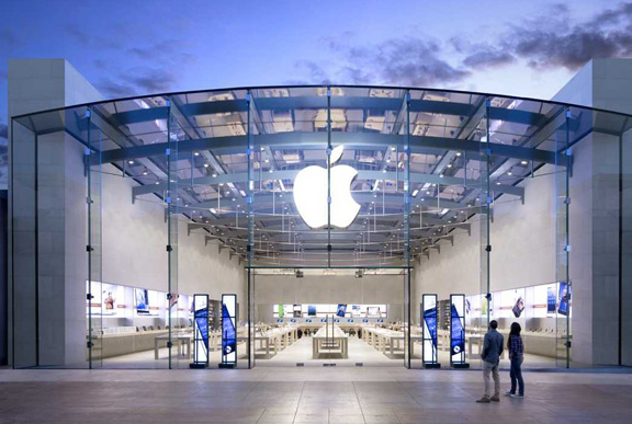 Apple-store-back-1