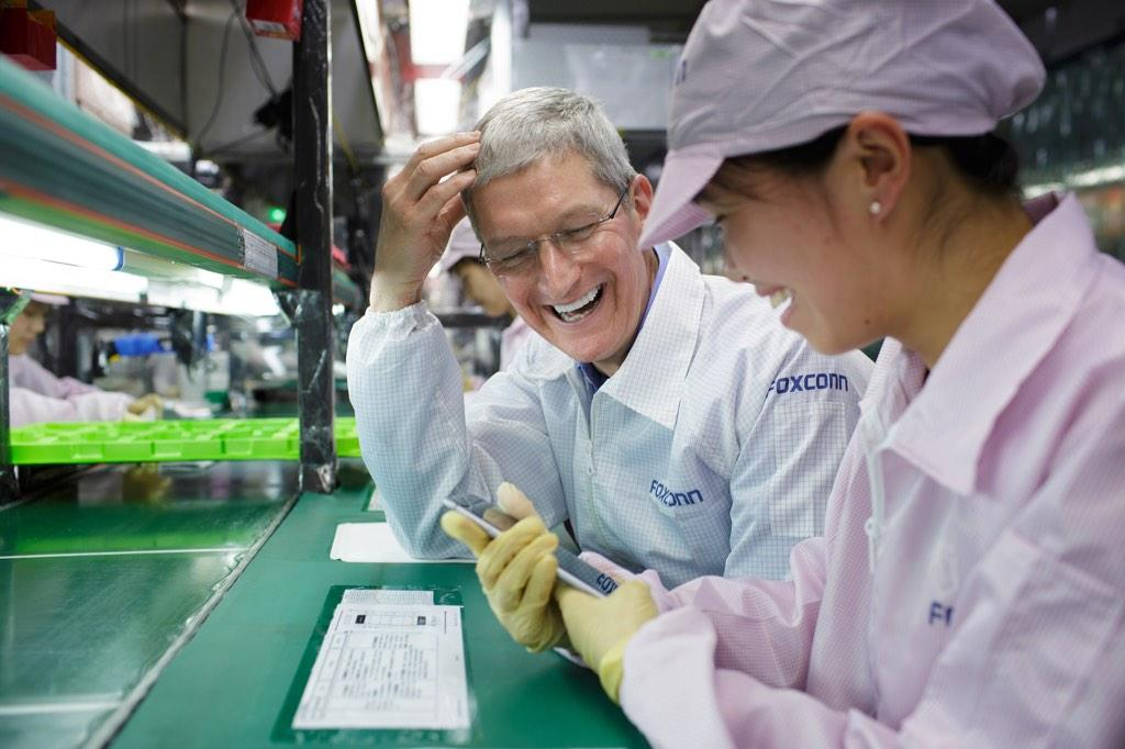Tim-Cook-fox-1