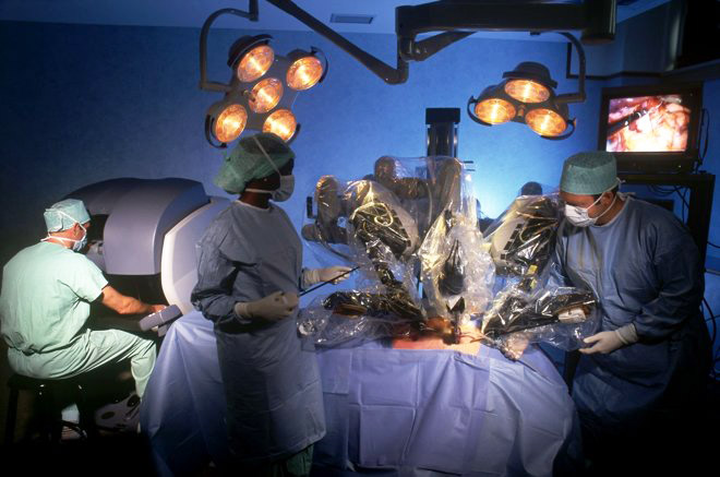 Robot-surgeons-to-operate-on-beating-2