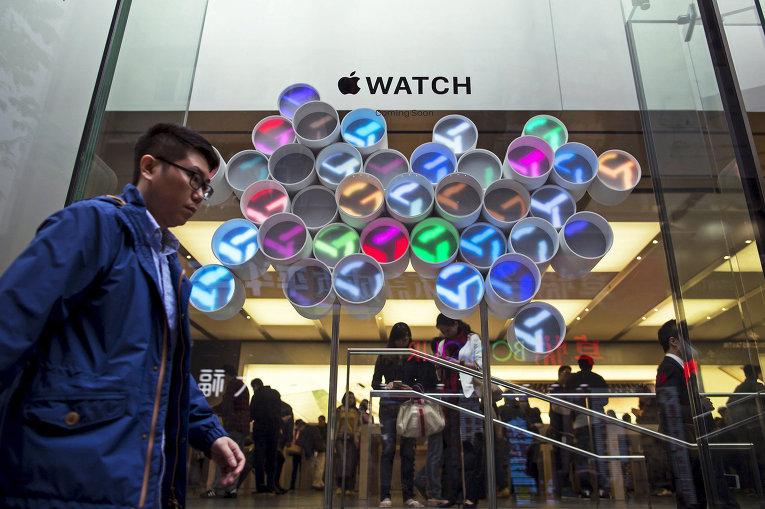 Apple-Watch-primerka-2