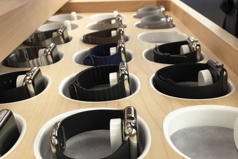 apple-watch-try-on-bands-1