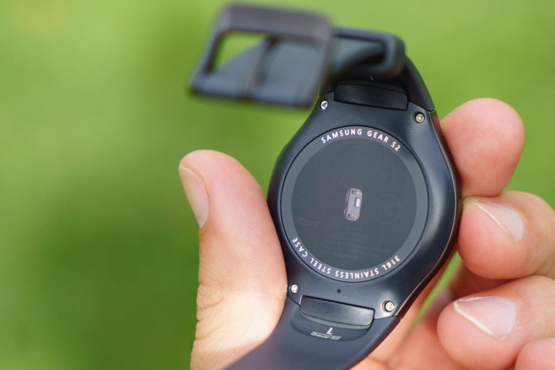 Samsung-Gear-S2-Review-2