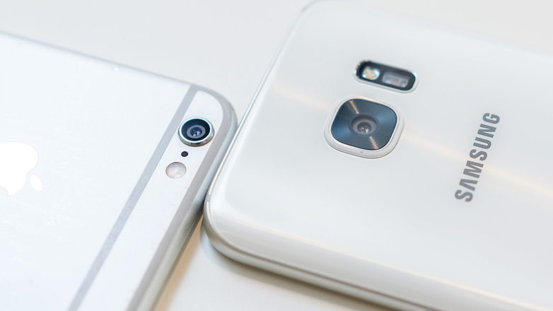samsung-galaxy-s7-vs-apple-iphone-1