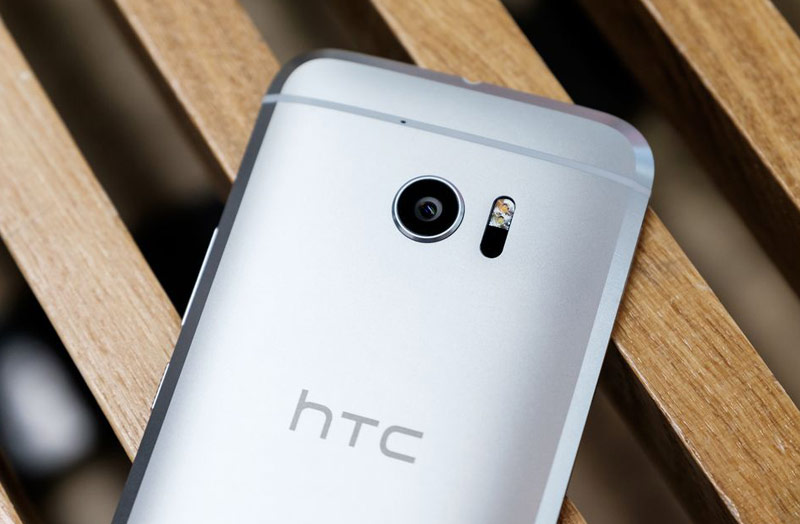 HTC-One-offi-5