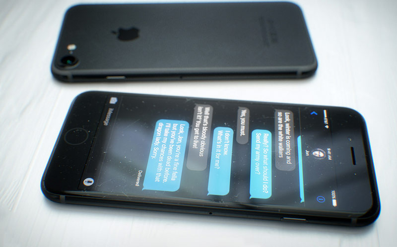 iPhone-7-space-black-4