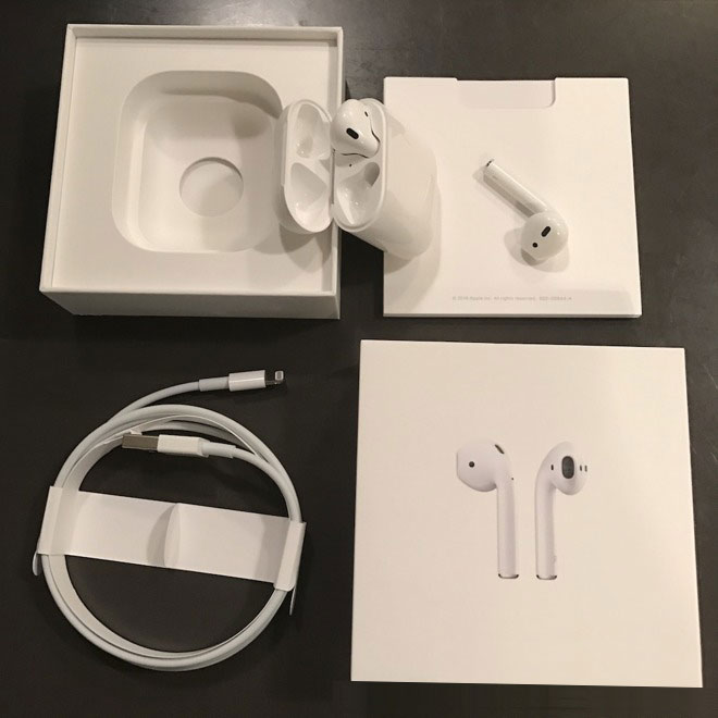 AirPods-unboxing-2